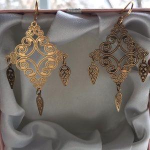 Jewelry - Hand Designed Gold Earrings🙏